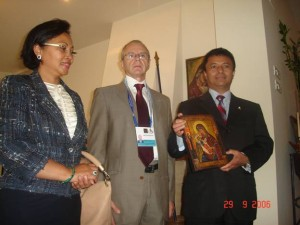 Dna. Lalao RAVALOMANANA, Dl. Serge RAMEAU si Dl. Marc RAVALOMANANA